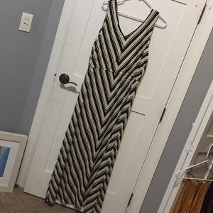 Calvin Klein sz 14 maxi tank dress black chevron